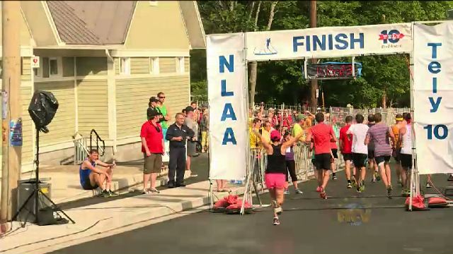 Humidity makes for difficult Tely 10 road race