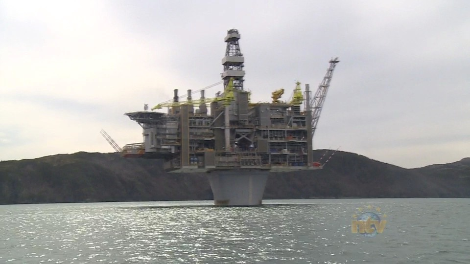 work resumes on hebron oil platform after two incidents prompt shutdown